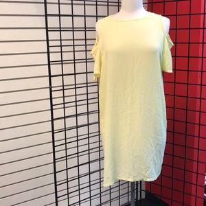 Zoe cold Shoulder textured shift dress